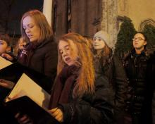 Concerts, December 21, 2020, 12/21/2020, Caroling on the Plaza (in-person)