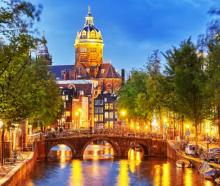 Tours, April 11, 2021, 04/11/2021, Amsterdam by Night: A Fairytale (virtual)