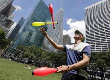Workshops, May 17, 2018, 05/17/2018, Learn Juggling in the Park